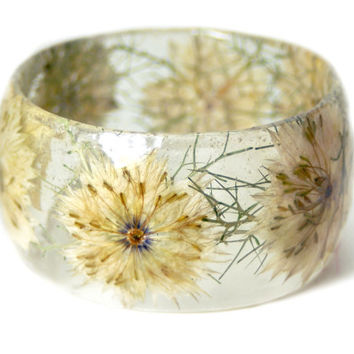 Flower Jewelry- Real Flower Jewelry- White Bangle- White Flower Jewelry- Resin Jewelry- Flower Bangle- Flower Resin Bracelet