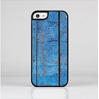 The Worn Blue Paint on Wooden Planks Skin-Sert Case for the Apple iPhone 5c
