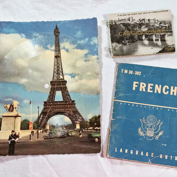Vintage 1950s Paper Ephemera French Souvenir Booklet Photos Castles War Dept Language Guide Eiffel Tower Phonoscope La Carte Musicale Lot
