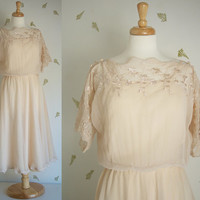 1980's Romantic Sheer Dress / Beige Lace / Scalloped Hem / Small - Medium / 80's Vintage