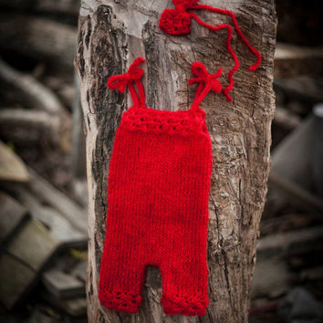 Red knitted baby romper and bow handband/ Baby girl overall/ Red mohair Knitted baby romper and bow headband/ Newborn Photo Props