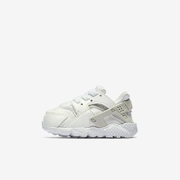 The Nike Huarache Run SE Infant/Toddler Shoe.