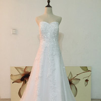 Real Photos Custom Size Made Sweetheart A-line Floor Length Wedding Dress with Lace Appliques and Sequins Bridal Gown Plus Size Available