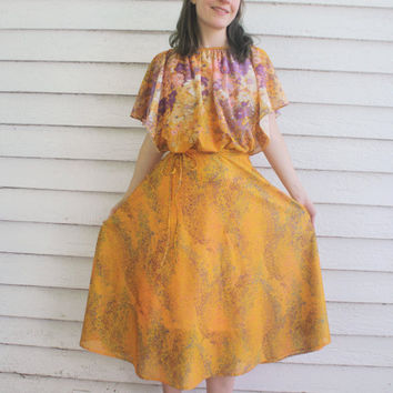 Sheer Floral Print 70s Dress Retro Vintage 1970s Apricot Gold Citrus S
