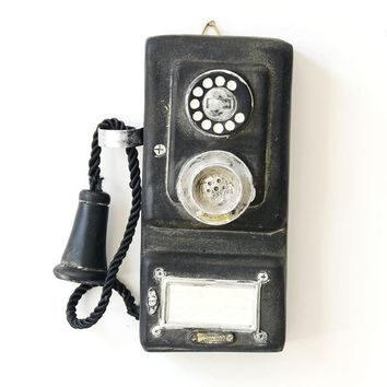 VINTAGE MINIATURE PHONE MODEL DECORATIVE WALL HANGING