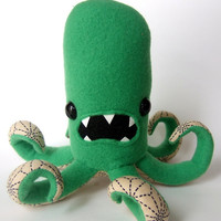 Octopod in Green and Beige