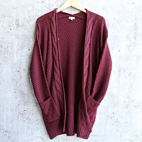 alisha - cable knit open cardigan - burgundy