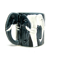 Elephant Mug Black & White Sculpted Handle 1980s by CoconutRoad