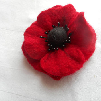Red poppy flower brooch,Spring Flower,felt flowers brooch,felted brooch,art, handmade brooch,wool felt jewelry,hair clip brooch.poppy brooch