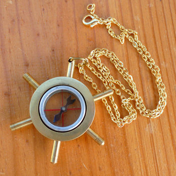 Steampunk Victorian brass Ships Wheel Compass NECKLACE pirate pendant nautical----Great Gift
