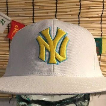 DCCKWA2 New York Yankees, American Needle Snapback, Vintage Hat Baseball cap, white