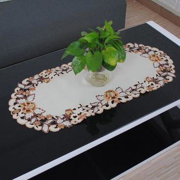 yazi Beige Floral Oval Tablecloth Embroidered Flower Cutwork Tablecloths Lace Fabric Table Cover Decor 40x85cm