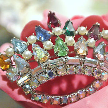 1950s 50s Crown Rhinestone Brooch Faux Pearls Jeweled Crown Brooch Pin Mid Century Jewelry AB Aurora Borealis Royal Royalty Hollywood Glam