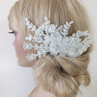 free ship ivory  lace headpiece Hair comb Ivory Beaded lace floral wedding hair piece bride hair comb