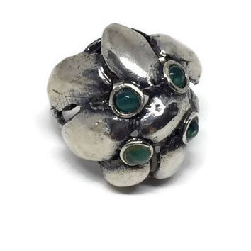 Brutalist Sterling Silver Ring Made in Israel Size 8 1/4, Ring with Green Stones, Aventurine Silver Ring, High Profile Ring, Dome Ring