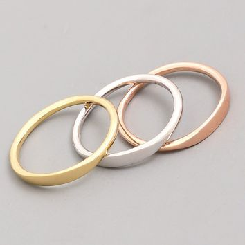 Simple Set Rings