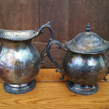 Vintage FB Rogers Silver Sugar and Creamer Set Trophy Style Silver on Copper Dynasty 3002