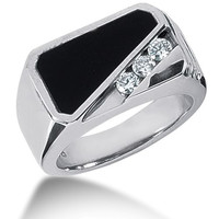 Diamond and Onyx Mens Ring in 14k white gold (0.15cttw, F-G Color, SI2 Clarity)