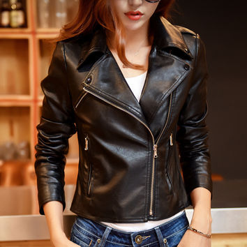 2016 Spring Autumn Rivet Leather Jacket Women Short Pu Motorcycle Zipper Leather Coat chaquetas de cuero mujer Female Outerwear