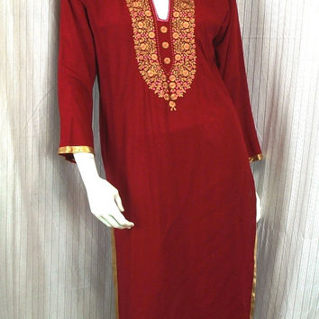 Red embroidered caftan Tribal long tunic Hippie Bohemian Clothing Ethnic dress vintage Indian tunic