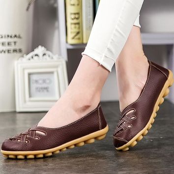 Loafers genuine leather flat women shoes pigskin shallow Ladies shoes slip-on hollow round toe Big size 34-44 Casual shoes solid