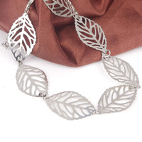 Simple Trendy Metal Leaf Shaped Anklet For Women
