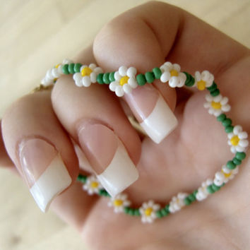 Daisy Chain Friendship Bracelet Boho Seed Bead by JewelleryByJora
