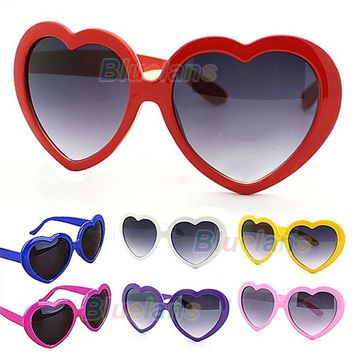 Fashion Retro Funny Summer Love Heart Shape Lolita Sunglasses Sun Glasses Gift = 1946297668