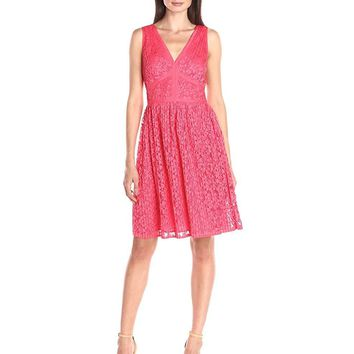 Maggy London - G2521M Pleated Floral Lace Dress