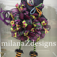 Deco Mesh Witch Wreath, Halloween Door Wreath, Cute Witch w/Legs and Hat, Purple Black and Orange Party Decorations, Spooky Fall Wall Decor