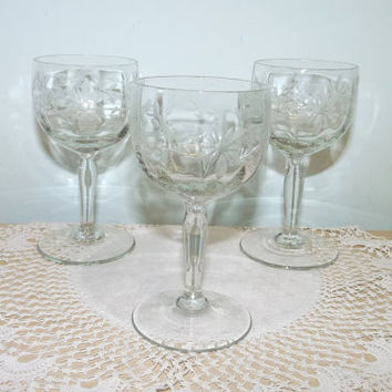 Edwardian Lead Crystal Sherry or Liqueur Glasses x 3, Etched Flower and Laurel Design, Snifter, Fortified Wine, Stemware, Glassware