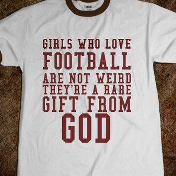 GIRLS WHO LOVE FOOTBALL - glamfoxx.com