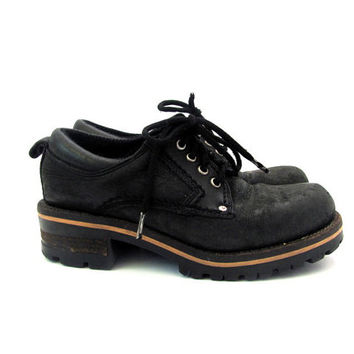 Vintage black leather chunky oxfords lace up // women's shoes size 5.5
