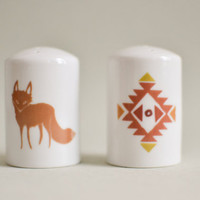 Salt and pepper shaker with aztec graphic and fox