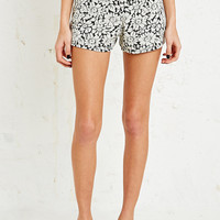 Cooperative Jacquard Shorts in Daisy Print - Urban Outfitters