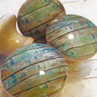Distressed Wood Knob Drawer Pulls, Set of 4 Green Blue Old Wood Cabinet Pull Handles, Barn Wood Style, Reclaimed Wood, Made To Order