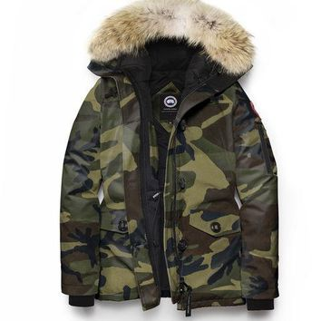 CANADA GOOSE winter women Down jacket/Camouflage