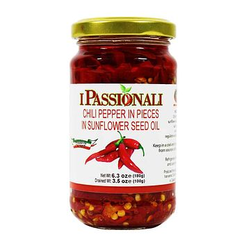 Italian Chili Pepper Pieces in Sunflower Oil, 6.3 oz, 180g