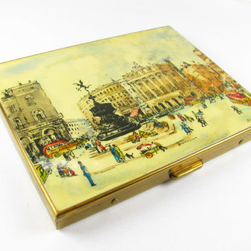 Vintage Cigarette Case with Piccadilly Circus by Dionysius / London Cigarette Case, 60s / Business or Credit Card Case - Le Cas de Cigare
