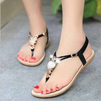 Women sandals 2016 Comfort Sandals Women Summer Classic Rhinestone Fashion Flat Plus S