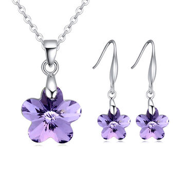 Elegant Flower Jewelry Set Made with Swarovski Crystals
