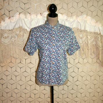 Short Sleeve Button Down Cotton Shirt Blue Floral Button Up Blouse Casual Cotton Blouse Vintage Liz Claiborne Petite Small Womens Clothing