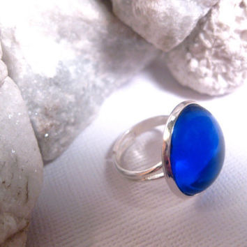 Blue Sapphire Light Ring  Round Glass  by FashionCrashJewelry
