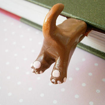 Brown Cat Bookmark - Polymer Clay Cat - Funny Bookmarks - Unique Gift Idea - Book lover gifts - Crazy Cat lady - Animal Book Marks - Fimo