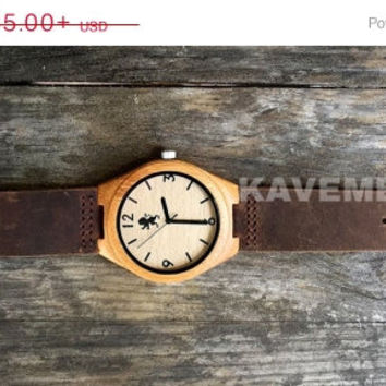 SALE Real WOOD Minimalist Watch. Wood Watch. Mens Watch. Engrve Watch. Personalized Watch. Mens Watche. Personalized Watch.Chicago. Kavemen.
