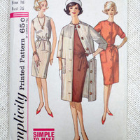 Vintage Pattern Simplicity 6933 1960s Ladies dress coat Bust 36 Audrey Hepburn cloth overcoat Trench suit