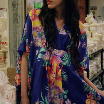 Womes 70s MAXI Floral Print Boho Gypsy Festival Oversize Batwing Caftan Dress
