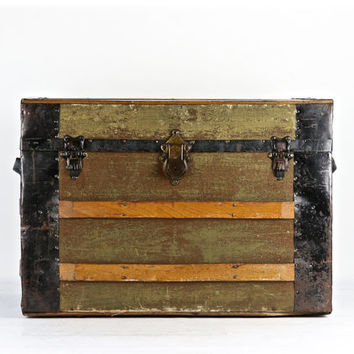 Vintage Steamer Trunk, Antique Steamer Trunk, Vintage Trunk, Flat Top Trunk, Flat Top Steamer Trunk, Old Trunk, Trunk Coffee Table, Luggage