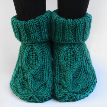 Women's knit slippers, indoor knit slippers,hand knitted slipper boots,wool knit slipper socks,green slipper socks,green cable knit slippers