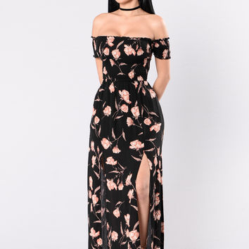 Rose Well Dress - Black